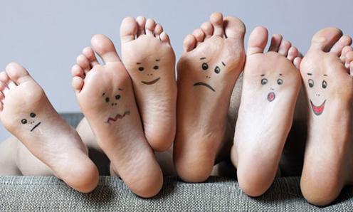 Đoán tính cách của các chàng trai qua ngón chân - VnExpress iOne