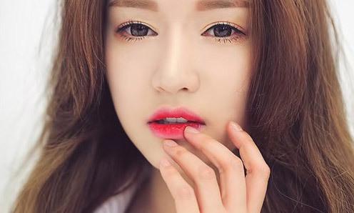 Đôi môi tiết lộ tình yêu phái nữ - VnExpress iOne