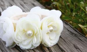 Nữ tính với vòng tay hoa hồng