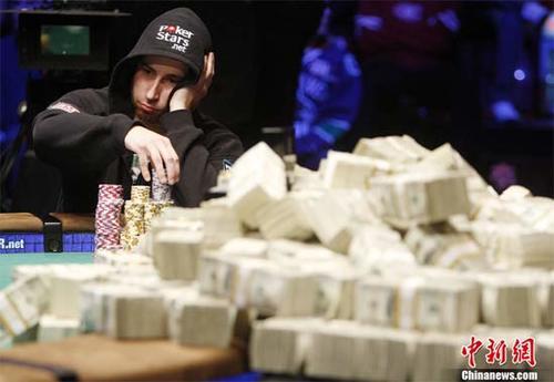 poker2-769550-1371511817_500x0.jpg