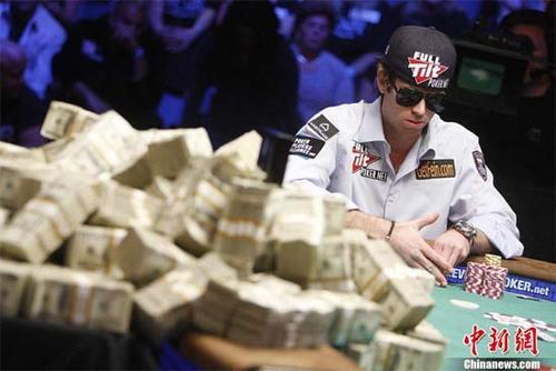poker3-446366-1371511820_500x0.jpg