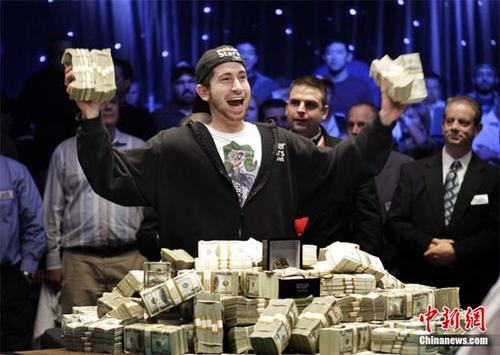 poker5-247724-1371511831_500x0.jpg