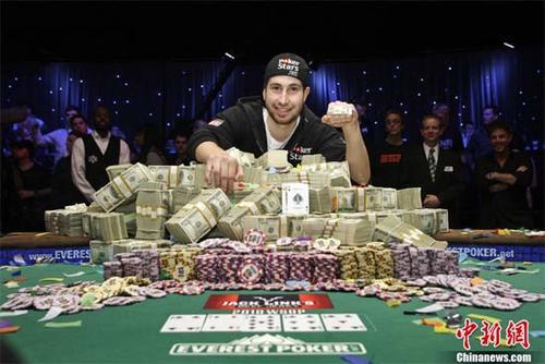 poker6-871030-1371511833_500x0.jpg
