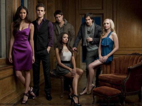 the-vampire-diaries-cast-914666-13714252