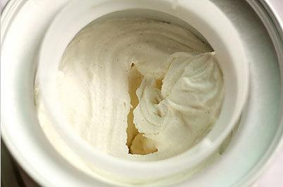 Cách làm kem cây socola vani ngon ngây ngất 3