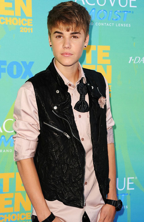 justin-bieber-teen-choice-awards-2011-03