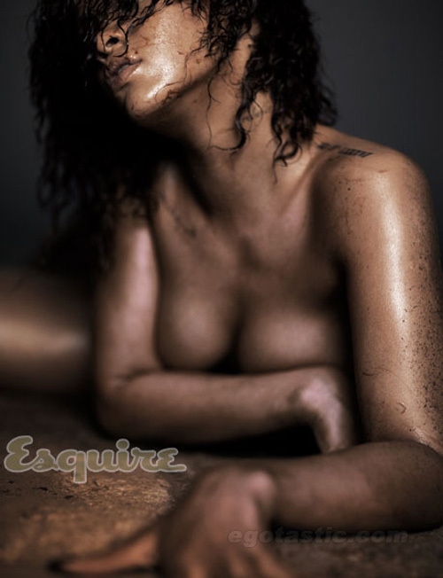 rihanna-nov-esquire-03-671120-1371298938
