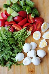salad-ca-chua-trung-3-404178-1371204825_
