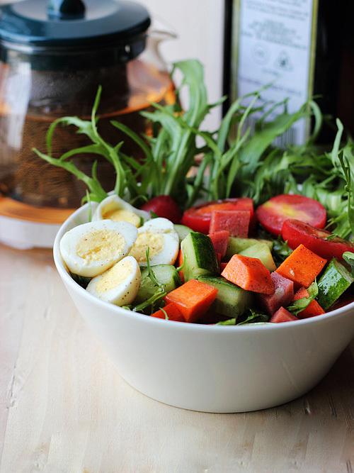 salad-ca-chua-trung-4-992160-1371204897_