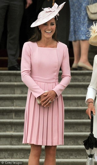 kate-middleton-in-same-pleated-emilia-wi