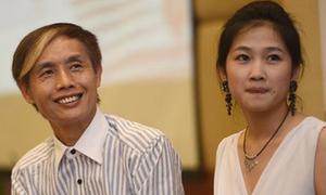 Đạo diễn Trung Quốc ủng hộ vợ tung ảnh nude