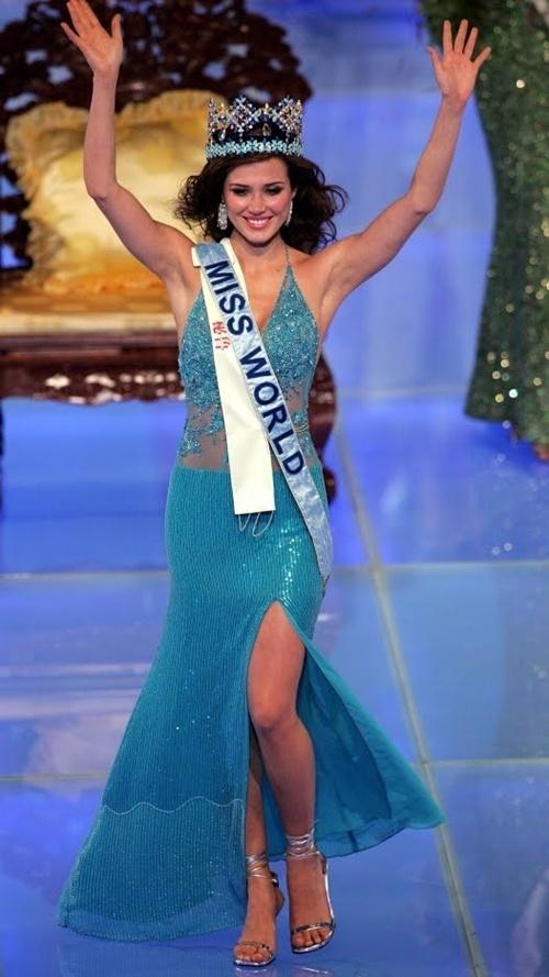 Thi Miss World nên mặc váy màu gì? Missworld2004-139287-1372694643_500x0