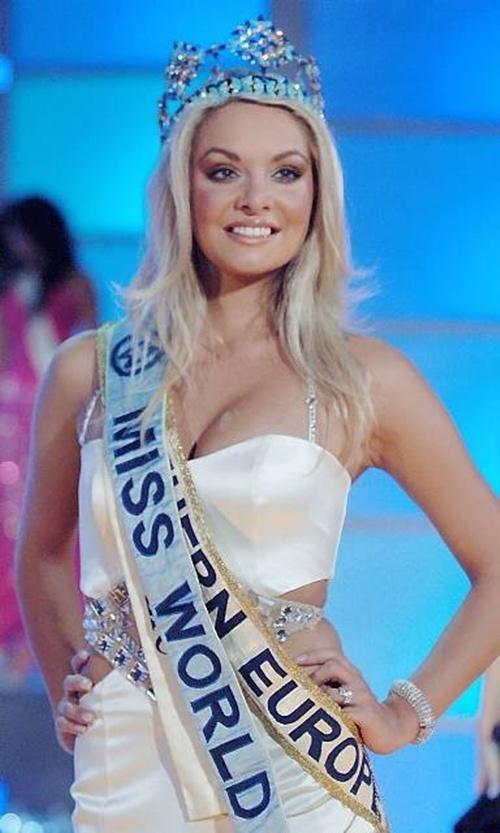 Thi Miss World nên mặc váy màu gì? Missworld2006-233247-1372694643_500x0