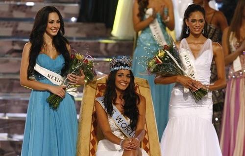 Thi Miss World nên mặc váy màu gì? Missworld2009-996332-1372694644_500x0