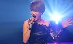 Uyên Linh bị thí sinh The Voice 'hạ gục' ở Bài hát Việt