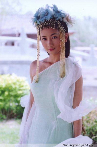 taohinhcotrang3-440893-1372612206_500x0.