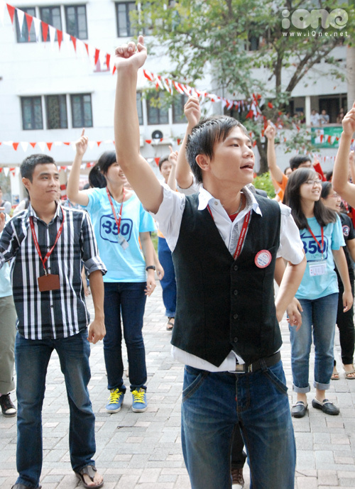 ftu-nhay-flashmob-co-giao-em-number-one-