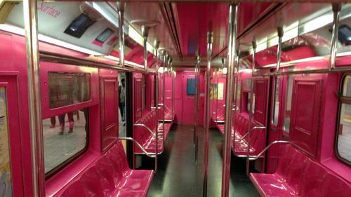 microsoft-surface-pink-subway-ad-764148-