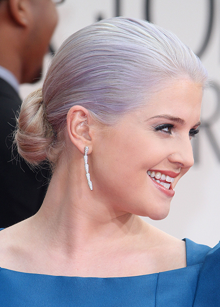 kelly-osbourne-2012-golden-globe-hair-74