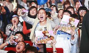 Thần tượng Hàn lao đao vì fan cuồng vô độ năm qua