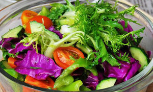 Salad trộn 5 loại rau mát ruột cả ngày