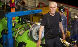 James Cameron chỉ trích 'Iron Man 3' và 'Man of Steel'