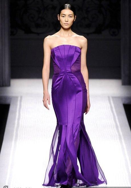Lưu Văn là người mẫu Đông Á đầu tiên trình diễn tại Victoria's Secret Fashion Show, cô biểu diễn năm 2009.