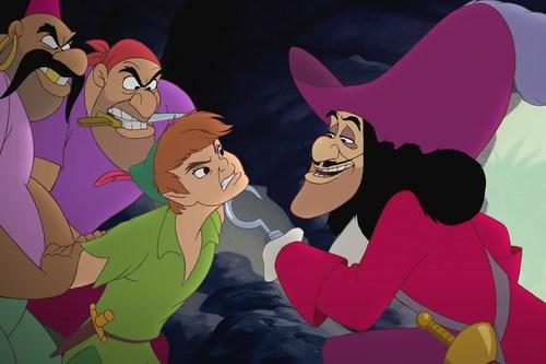 8-Captain-Hook-Peter-Pan-1374892433_500x