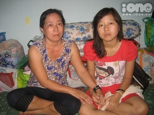 Cô bạn Lê Thị Thanh Thái và mẹ.
