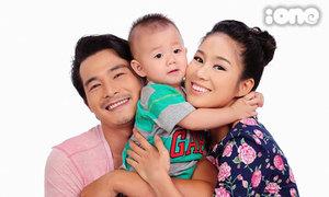 Gia đình Quách Ngọc Ngoan hạnh phúc khoe con trai