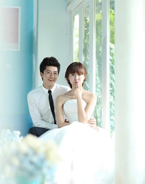 Harry Lu chụp ảnh cưới với hot girl Hà Lade.