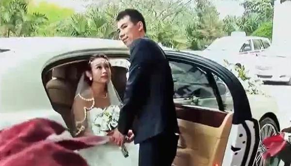 Đám cưới Hot girl Huyền Baby với dàn xế khủng   Hình ảnh, Video
