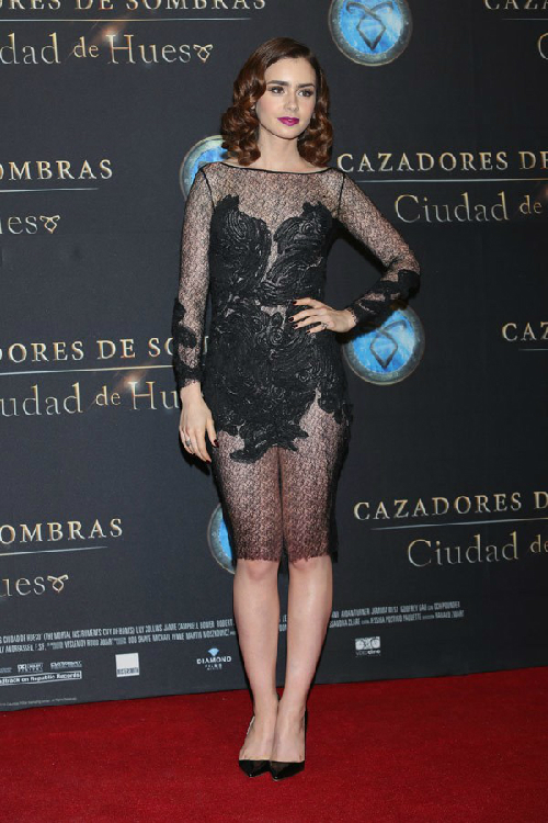 lily-collins-mexico-premiere-gty-ftr-137
