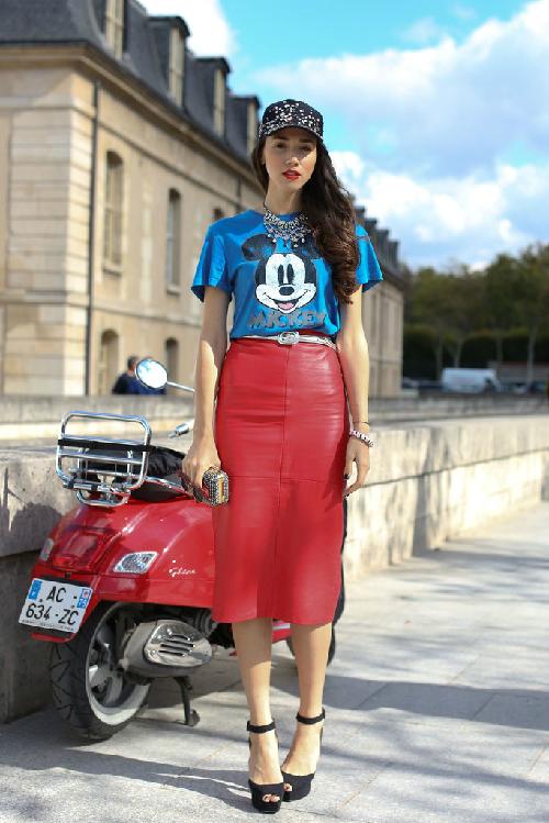 Áo thun họa tiết Mickey gây sốt khắp Thế giới   mickey tee street style 1378178229 1378178414