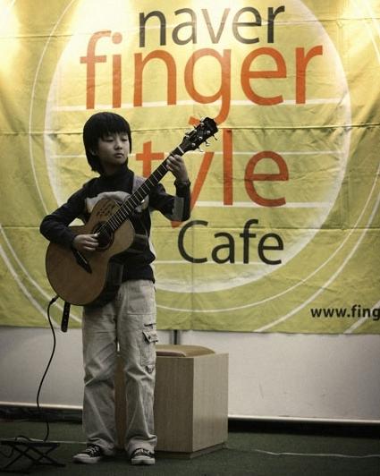 sungha-jung-per2-1378263662.jpg