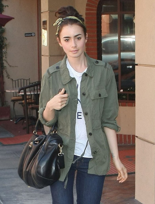 Lily-Collins-Lily-Collins-Runs-1187-3883