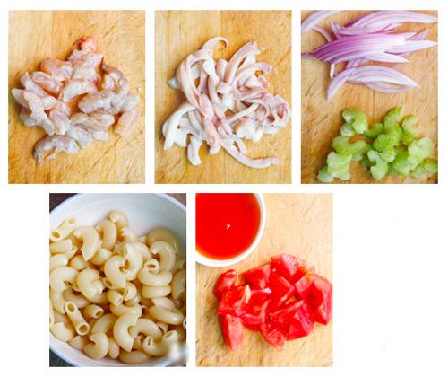 Cách làm món nui xào hải sản ngon 1