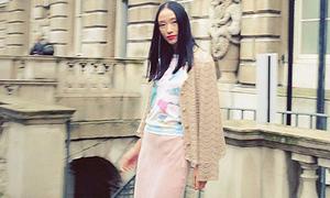 Hot or not: Huyền Trang ăn mặc già dặn ở London