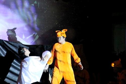 Vở nhạc kịch dễ thương của câu lạc bộ Sóng đa tần thuộc trường ĐH Ngoại thương.