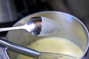 Cách làm món kem dâu tây ngon 4
