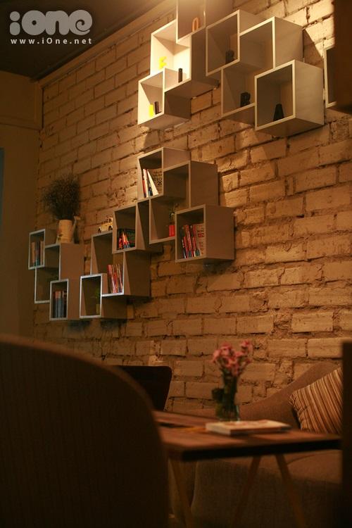 Thiết kế ở quán rất độc đáo và lạ mắt tạo nên một không gian đẹp huyền ảo.