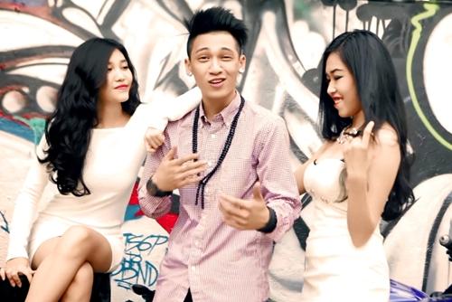 Sau khi chính thức chấm dứt hợp đồng với công ty của Ngô Thanh Vân, Tronie đã bắt tay vào chuẩn bị cho những sản phẩm âm nhạc đánh dấu sự trở lại của mình.