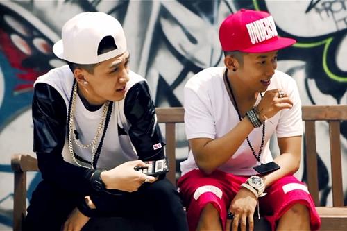 Vừa qua, Tronie cho ra mắt MV mang tên gọi vô cùng hài hước 'Thanh niên nghiêm túc' cùng với cậu bạn thân Kay Trần.