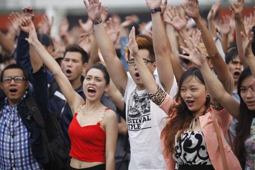 Họ vô cùng phấn khích trước khi tham gia vòng thử giọng.