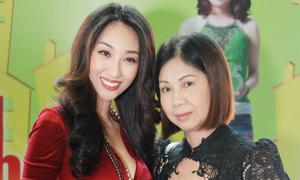 Mẹ Lều Phương Anh chúc mừng con gái ra mắt phim đầu tay