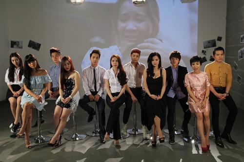 Không chỉ thể hiện chung, 11 nghệ sĩ còn cùng nhau góp mặt thực hiện MV cho ca khúc ý nghĩa lần này.