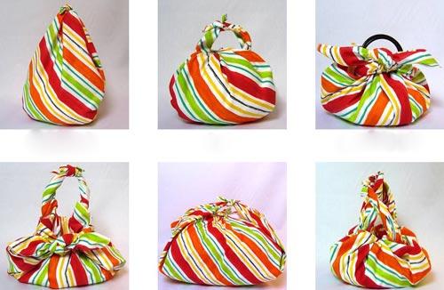 Từ một chiếc khăn mà có thể biến hóa thành nhiều kiểu gói khác nhau tùy theo độ khéo tay của người làm.