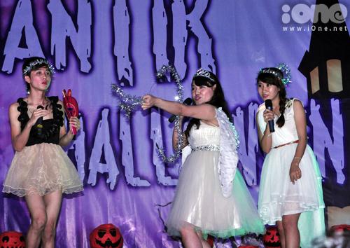 9-Halloween-hoc-vien-bao-chi-9-9074-1383