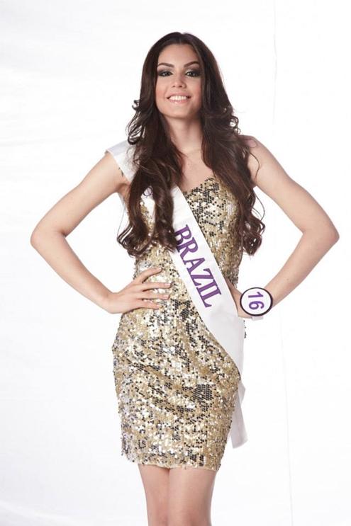 Miss International Queenđược tổ chức từ năm 2004 tại Thái Lan, là sân chơi nhan sắc cuộc thi có sự tham gia của hơn 20 thí sinh đến từ khắp mọi nơi trên thế giới.