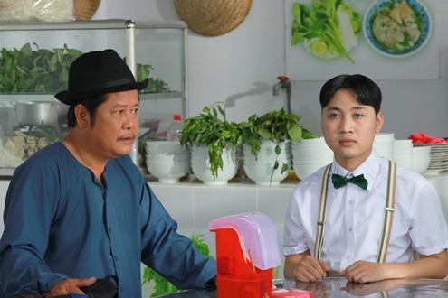 Trong bộ phim hài Tết 2014 Hai Lúa, Don Nguyễn vào vai thằng Cỏ, 1 phụ tá đắc lực của Hai Lúa ( do nghệ sĩ Thanh Nam thủ diễn ) trong việc điều hành doanh nghiệp tư nhân......... bán bánh canh.